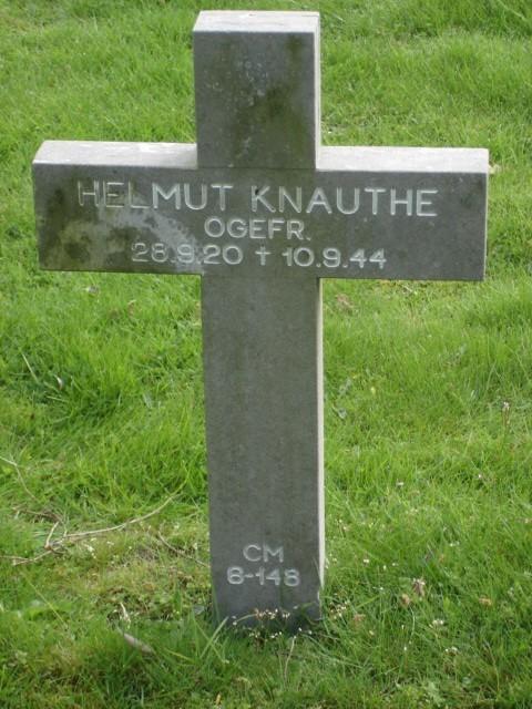 Helmut Knauthe
