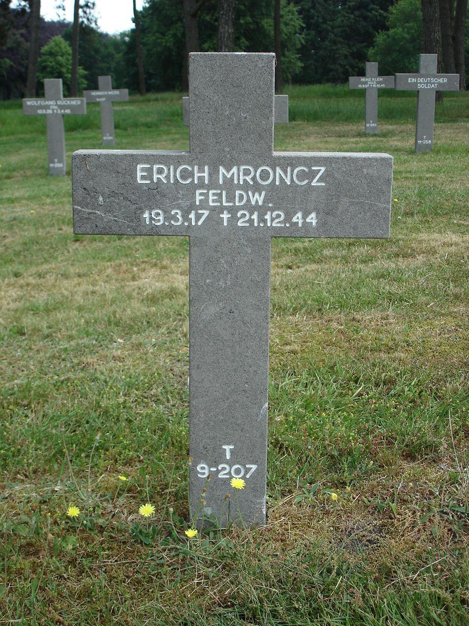 Erich Mroncz